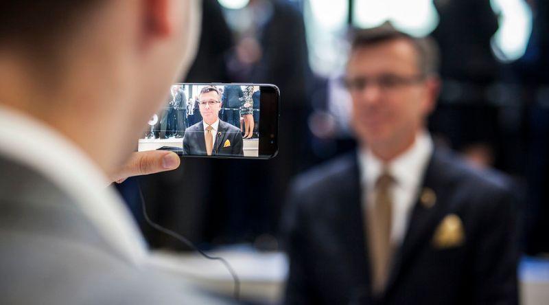 5fb6a60a UiB-rektor reiser fortsatt til risikoland med eigen mobil - Uniforum